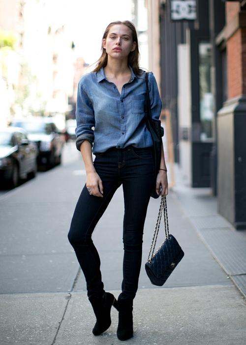 5-cach-phoi-quan-jeans-va-ao-len-tron-mau-giup-ban-them-noi-bat-12