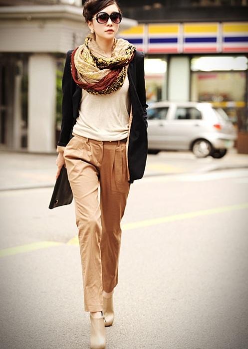 5-cach-phoi-quan-jeans-va-ao-len-tron-mau-giup-ban-them-noi-bat-15
